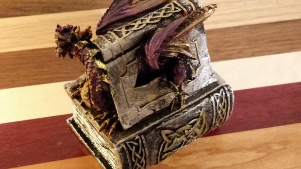 Dragonboxback